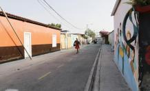Antítesis urbana. Cerca de 40 casas forman el Barrio de Paz. A un costado, el barrio chino.