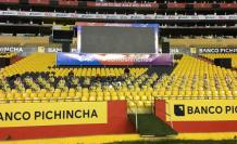 Hinchas-Barcelona-Monumental-Clásico