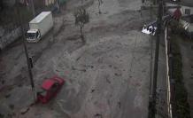 Desbordamiento de una quebrada en Pomasqui, noroccidente de Quito.