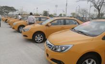 Taxis eléctricos fueron presentados este 22 de octubre por las autoridades.