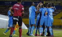 Momento de celebración de los jugadores de la U. Católica.