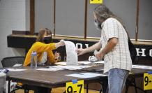 Election Day voting 2 (32760548)
