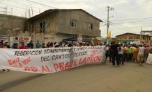 BARRIOS PROTESTAN CONTRA EL PEAJE