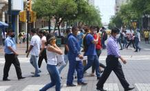 Guayaquil es otra ciudad después de la COVID-19, una que debe usar mascarilla y tiene restricciones de movilidad. Su gente sigue en pie de guerra.