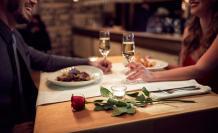 pareja-cena-romantica