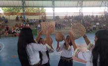 El grupo de danza 'Las Niñas Amazónicas' muestra sus coreografías en el evento