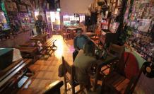 La Taberna es uno de los espacios más conocidos de Las Peñas. Siempre permanecía lleno, con vida. Hoy, la realidad es otra.