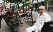 El nonagenario es leyenda en la urbe porteña.