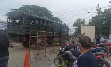 La policía duplicó su personal para atender las cárceles del país.