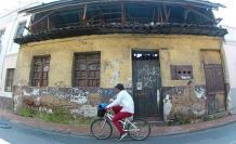 El barrio 5 de junio tiene viviendas a punto de colapsar.