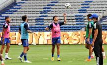 Alexis-Zapata-Emelec-volante