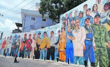 El mural 'Primera Línea Guayaquil', de Juan Pablo Toral.