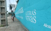 LETRAS VIVAS, MURAL E (33232702)