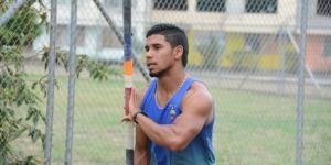 José Pacho Ecuador salto con garrocha