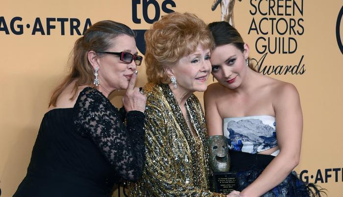 Billie Lourd, Carrie Fisher y Debbie Reynolds