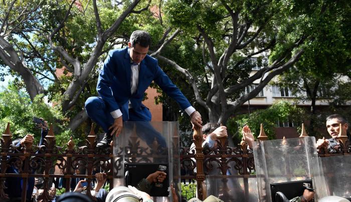 Juan Guaidó - Asamblea Venezuela - 5 de enero de 2020 - AFP