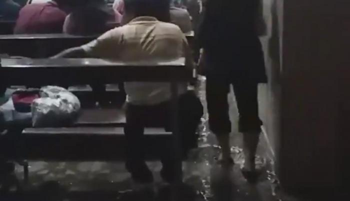 catedral se llena de agua