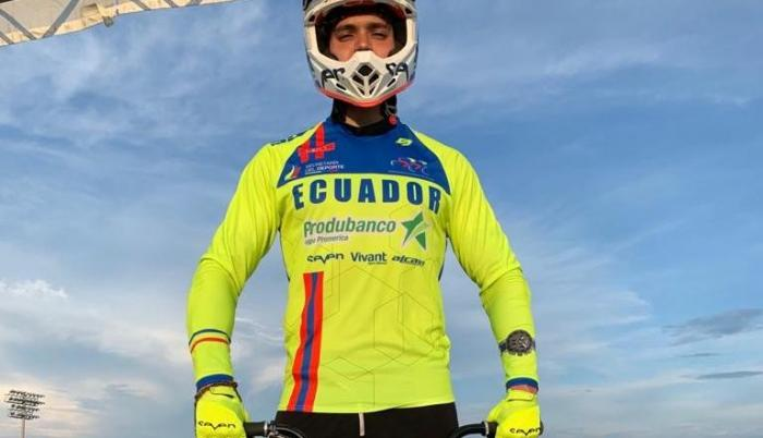 Alfredo-Campo-entrenamiento-Estados-Unidos-BMX-Tokio2021