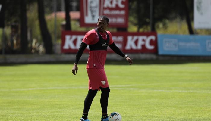 Edson-Montaño-Independiente-entrenamiento
