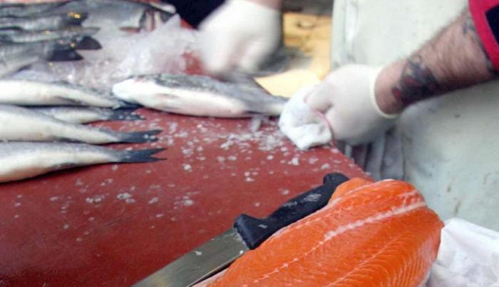 salmón+china+pandemia+restricción