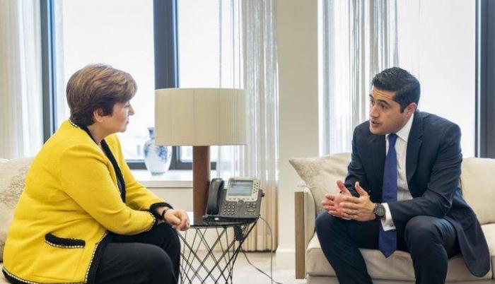 La gerente del FMI, Kristalina Georgieva, y el ministro de Finanzas de Ecuador, Richard Martínez, durante una reunión el martes.