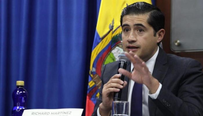 Martínez anuncia acuerdo con bonistas