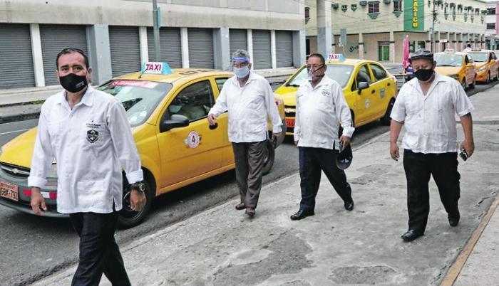 taxistas recuperados de Covid, Faustos Rodríguez