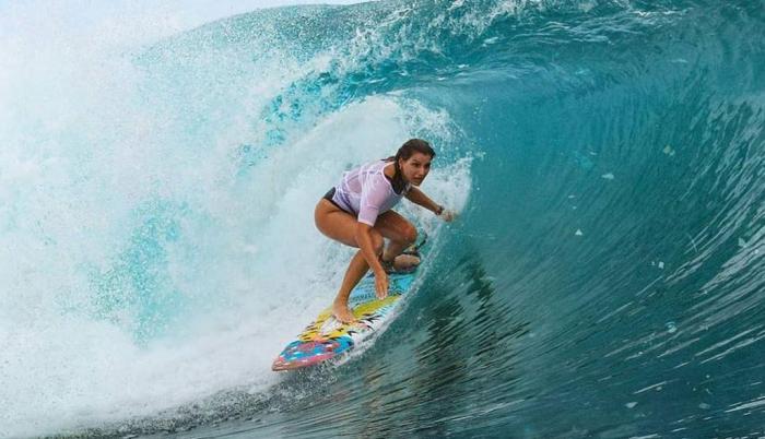 Maya Gabeira surf