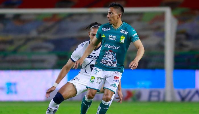 Angel-Mena-futbolista