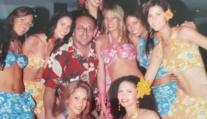 Ximena Zamora y sus compañeras