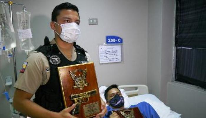 reconocimiento a policías