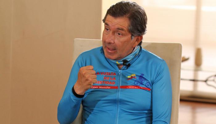 César Montúfar, candidato a presidente.