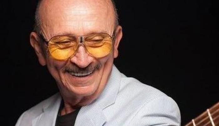 Falleció el cantautor Sergio Esquivel.