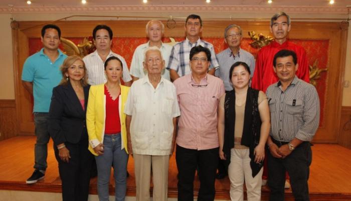 Dirigentes de la Sociedad de Beneficencia de la Colonia China 2016.
