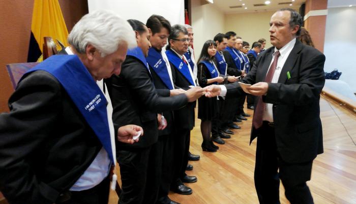 nueva generación de ufólogos ecuatorianos