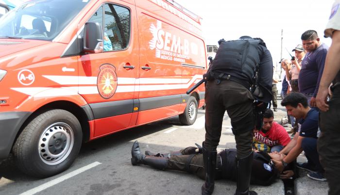 Policía herido