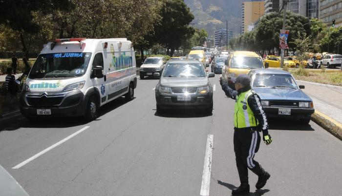 Tránsito vehicular en Quito.