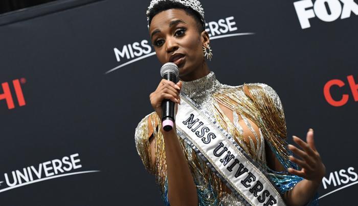 Miss Universe beauty  (30765764)