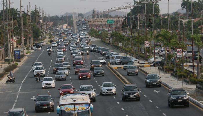 vía a samborondón congestión