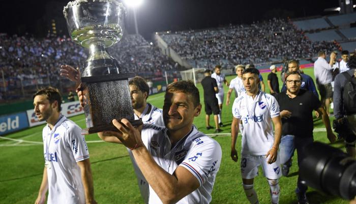 Nacional's captain Go (30785277)