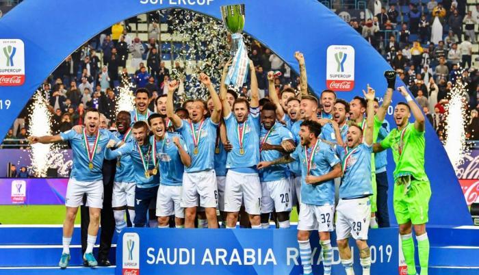 En la foto se ve a Felipe Ciacedo festejar el triunfo de Lazio