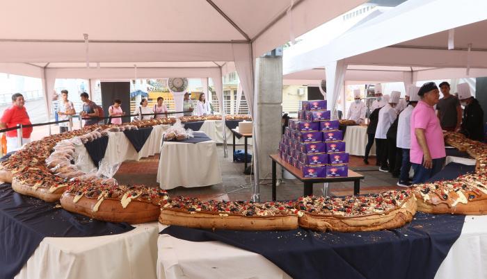 Rosca de Reyes malecón