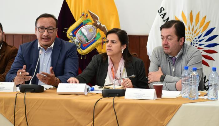 Ministra de Gobierno en la Comisión Ocasional de Tránsito