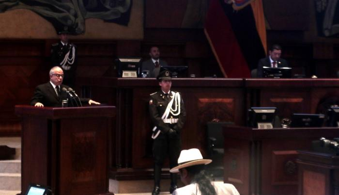 Arturo Cabrera presidente del TCE rinde cuentas
