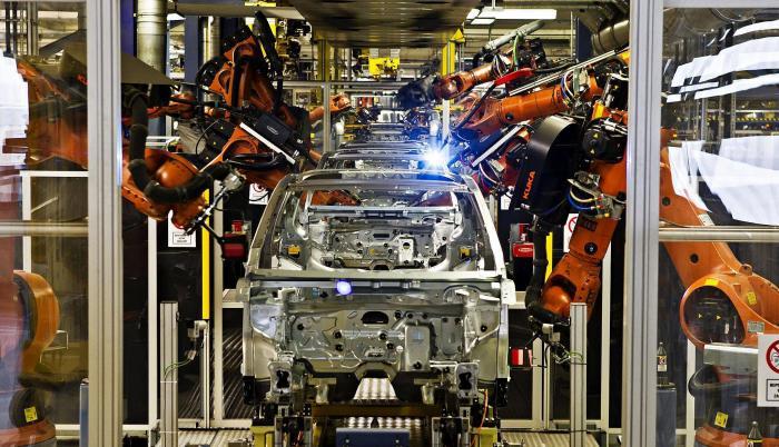Skoda-car-factory-Skoda-Auto-Career-on-Facebook