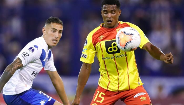 Aucas perdió de visitante por la mínima diferencia ante Vélez Sarsfield.