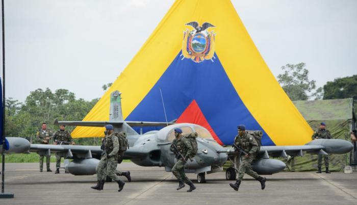 El evento rememoró que el 10 de febrero de 1995 cuatro aviones al mando del oficial Raúl Banderas reciben una alerta de ataque ante la incursión de cuatro aeronaves peruanas e inicia el combate.