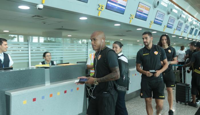 Salida de Barcelona Sporting Club hacía el vuelo con destino Asunción, Paraguay.