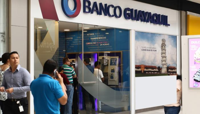thumbnail_banco de Guayaquil2_quay.jpg