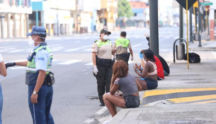 detenidos Quito toque de queda